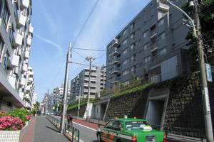 It's東京フォーサイトスクエアの外観