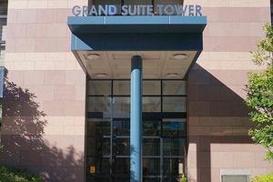 ファミール月島グランスイートタワーのエントランス