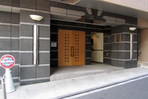 パレステュディオ渋谷イーストのエントランス