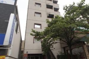 志村リリーマンションの外観