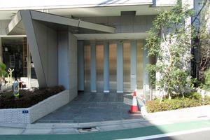 グランスイート渋谷桜丘町のエントランス