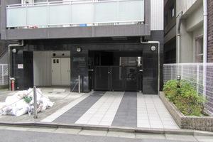 パレコート新宿のエントランス