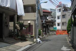 ミリオンコート新宿の外観