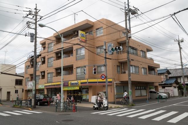 上井草マンションの外観