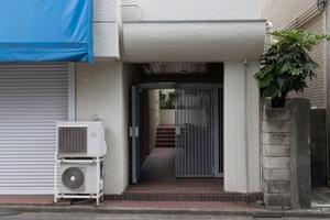 エスカイア江古田のエントランス