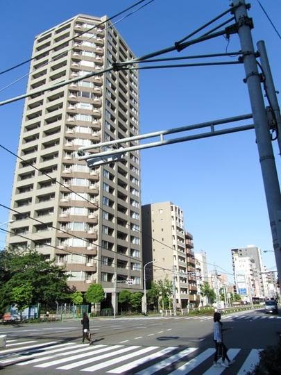西早稲田シティタワーの外観