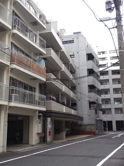 中銀日本橋浜町マンシオンの外観