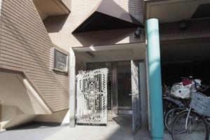 マイキャッスル小石川のエントランス