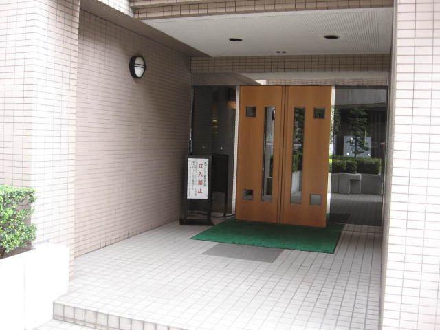 藤和シティホームズ早稲田のエントランス