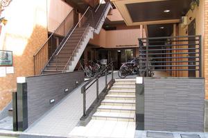 ライオンズマンション西新宿第5のエントランス
