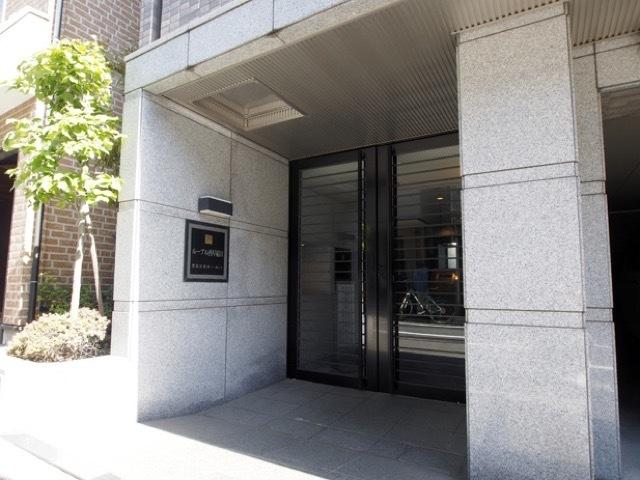 ルーブル西早稲田のエントランス