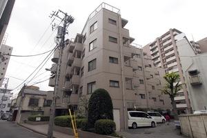 メインステージ板橋本町駅前の外観