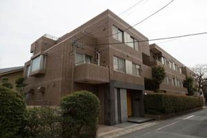 桜新町シティハウスの外観