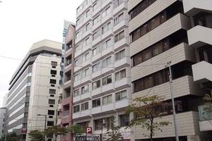 ストークマンション新川の外観
