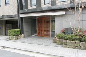 松濤ガーデンのエントランス