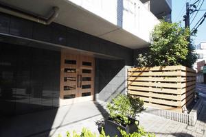レグノティーダ東京イーストのエントランス