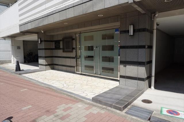 セルアージュ横濱蒔田ラコールのエントランス