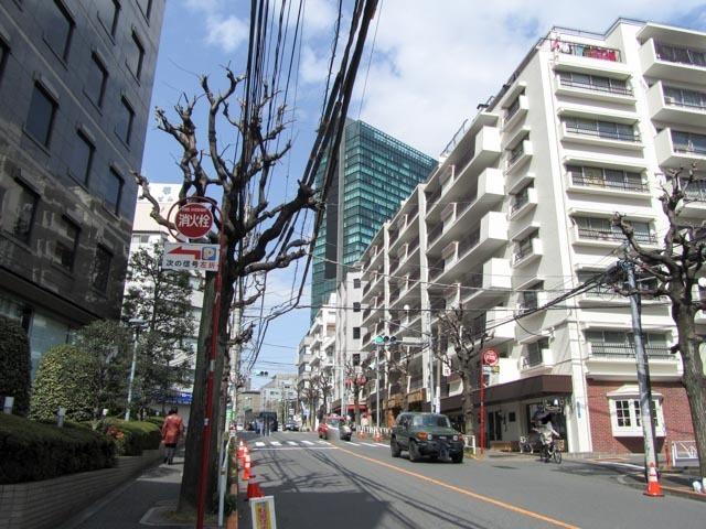 ニュー常磐松マンションの外観