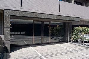ルーブル蒲田7番館のエントランス