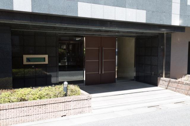 グランフォース富士見台のエントランス