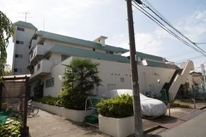 ライオンズマンション新高円寺の外観