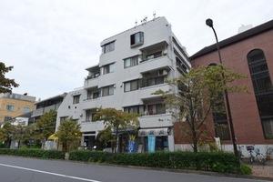 中銀目黒駅前マンシオンの外観
