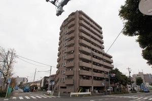 ライオンズマンション竹の塚リバーサイドの外観