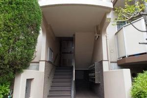 エステート五反野住宅のエントランス