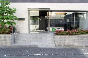 リヴシティ西早稲田のエントランス