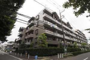 高島平レックスマンションの外観