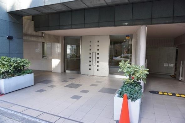 LA.PRYLE新横浜のエントランス