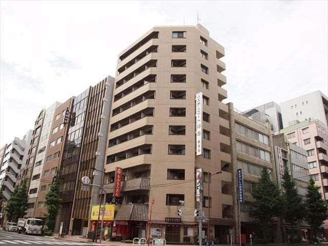 パステルコート神田岩本町の外観