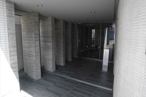 オーキッドレジデンス高円寺のエントランス