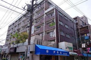 石川台マンション別館の外観