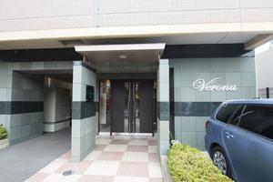 ヴェローナ東京イーストのエントランス