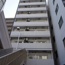 ラシード東神奈川駅前