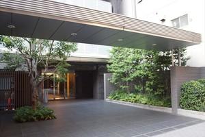 シティハウス東京森下のエントランス