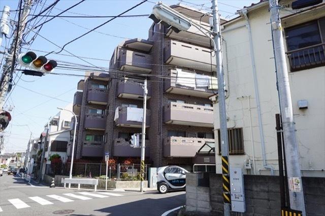 サングレイス横浜蒔田の外観