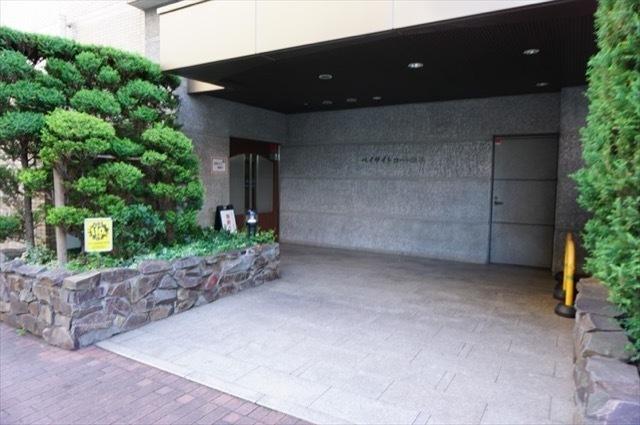 ベイサイトコート横浜のエントランス