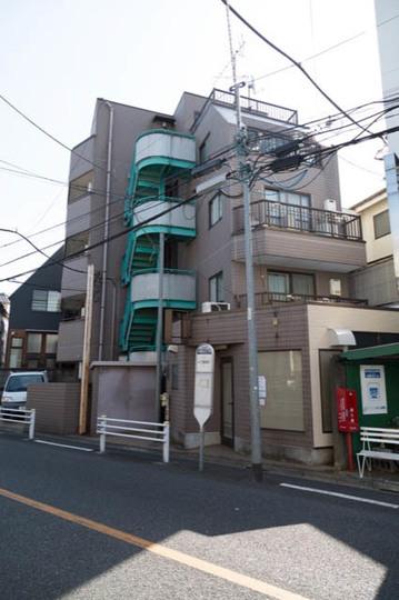 大京ビルの外観