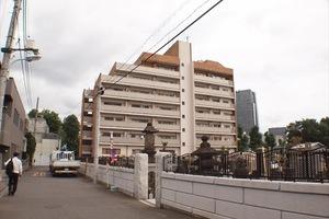 南青山サマリヤマンションの外観