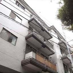 クレール東郷坂