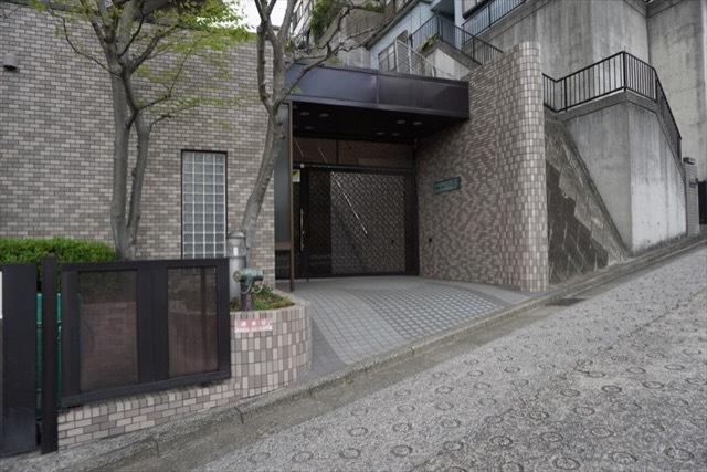 横浜小机パークホームズのエントランス