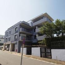 セザール赤塚ガーデン