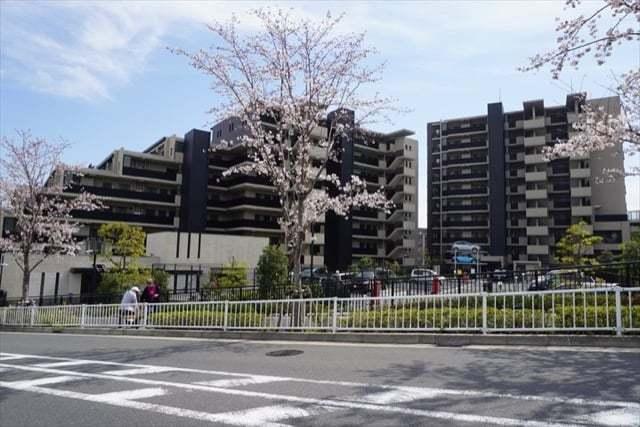 ブリリアシティ横浜磯子(I〜M棟)の外観