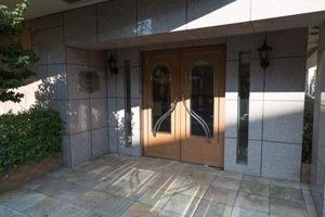 ランドステージ新高円寺のエントランス