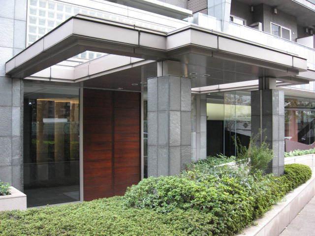 目黒青葉台ソプラタワーのエントランス