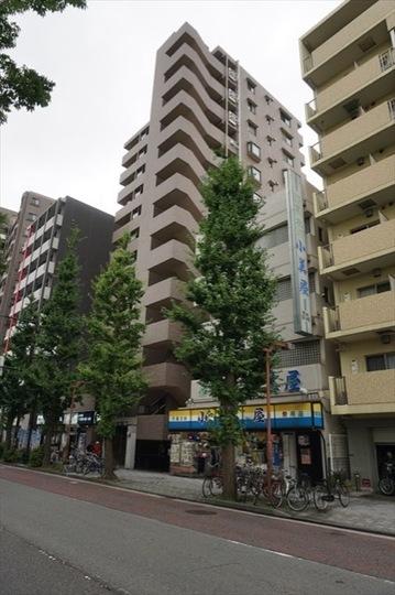 ナイスアーバン川崎駅前通りの外観