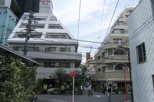 新宿ダイカンプラザシティ2の外観