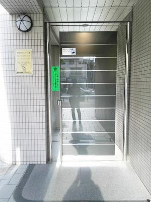 ラポール本蓮沼駅前